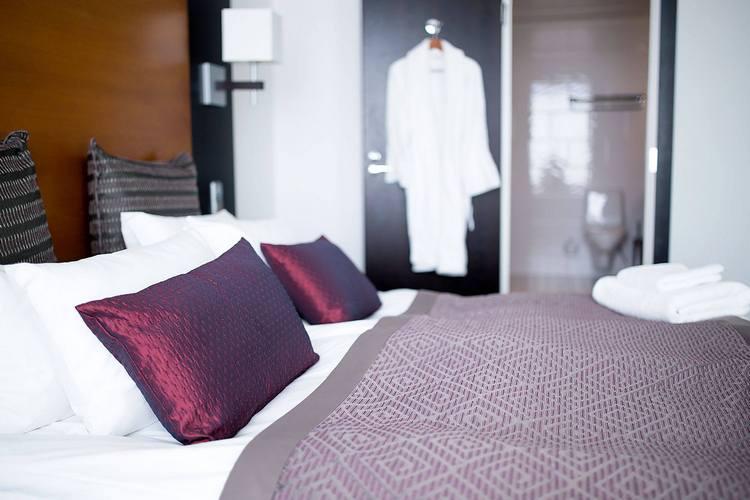 Купить по лучшей цене текстиля для гостиниц в Днепропетровске постельное бельё