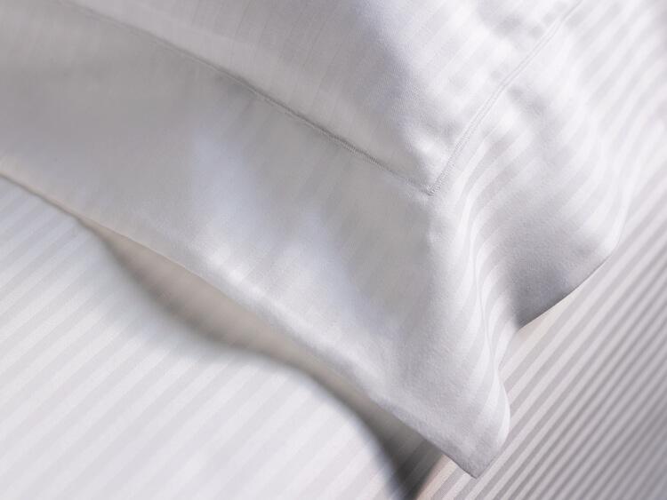 В интернет магазине вы можете купить текстиль для гостиницы в Днепропетровске из лучших материалов и по доступной цене