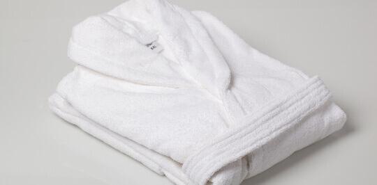 Специалисты интернет-магазина Sweet home предложат Вам лучшие халаты для гостиниц
