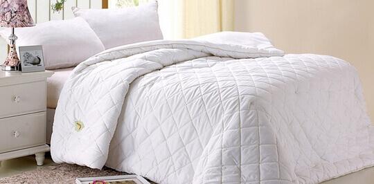 Уход и хранение одеял для гостиниц и отелей