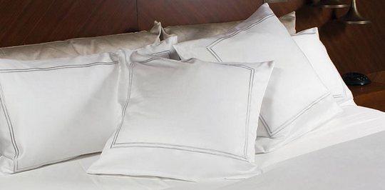 В интернет магазине Sweet home отличный выбор постельного белья для гостиниц по ценам от производителя