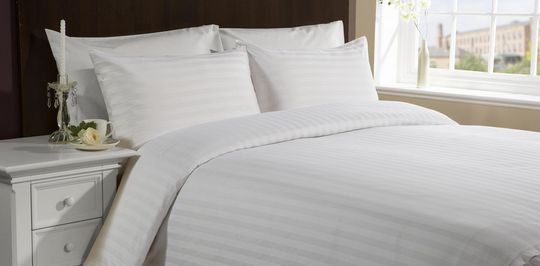 Почему стоит выбирать бязевые простыни, пододеяльники и наволочки для гостиниц и отелей?