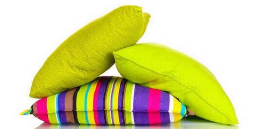 Какой лучше выбрать наполнитель для подушки – натуральный или искусственный?