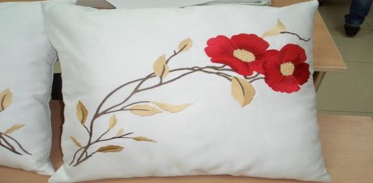 Подушки для дома с эвкалиптовым наполнителем: интересная экзотика
