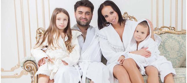 Домашние халаты для всей семьи