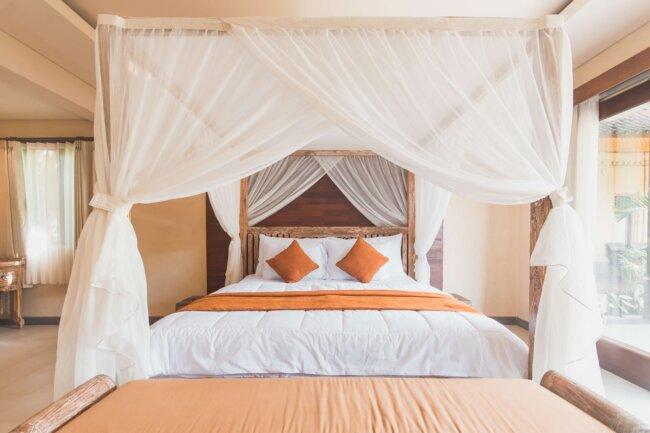 Чем опасно некачественное постельное белье